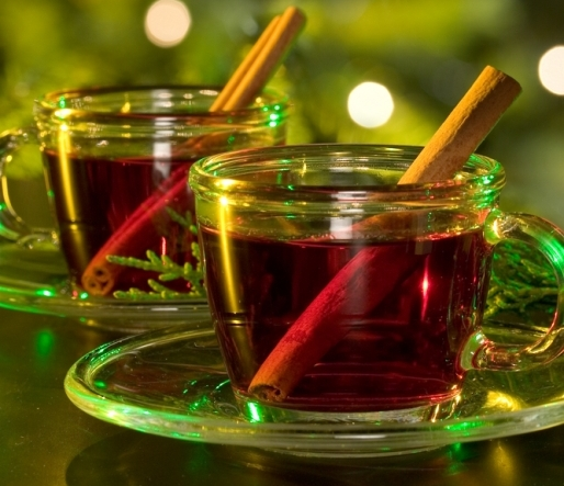 Hot spiced cranberry cider | MummyPages.MummyPages.ie