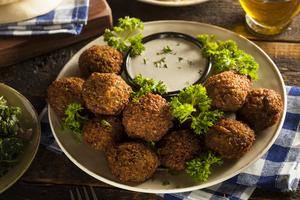 Feta with spinach falafels
