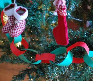 How To: Paper Chains