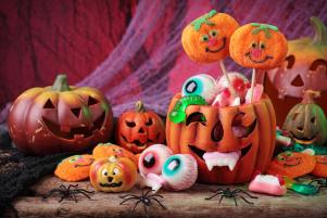 Halloween party season is here! Do you have your guests goodie bags ready?