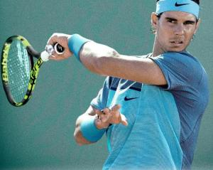Tennis ace Rafael Nadal STOPS match to search for missing child