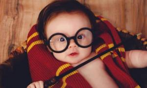This mum's Harry Potter-themed baby photo shoot is truly spell-binding