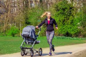 Lose weight, feel great! Eight online weight-loss support groups for mums