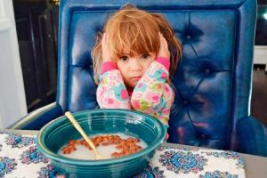 Enjoy restaurant time! 10 brilliant tips for dining out with toddlers