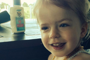 This amazing dad learned how to make prosthetic EYES for his baby girl