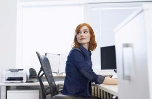 Afternoon slump? 8 brilliant exercises you can do at your desk in work
