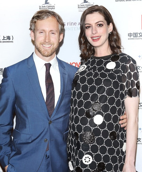 Anne Hathaway Jonathan: Actress Anne Hathaway Gives Birth To Her First Child